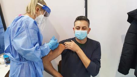 """Se fac vaccinări la Centrul de la Școala generală ,,Avram Iancu""""!"""